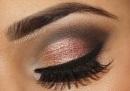 gold-maroon brown eye makeup